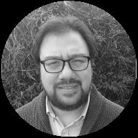 Dr. Cristian Leyton Navarro